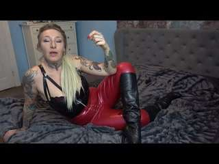 Latex & Lederstiefel! Die Blackmail Konditionierung!
